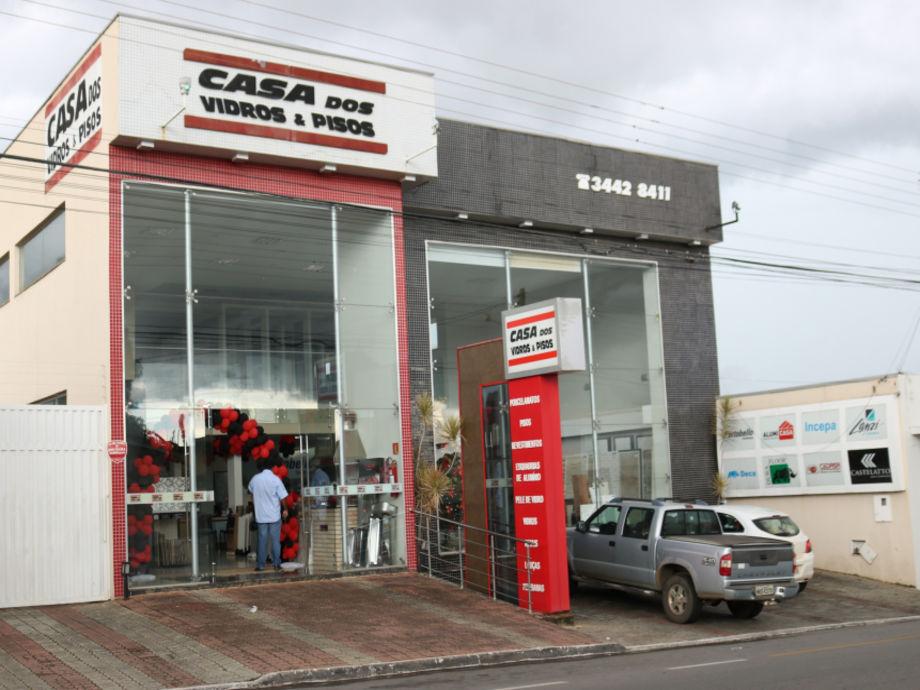 Casa Dos Vidros E Pisos Foto 2